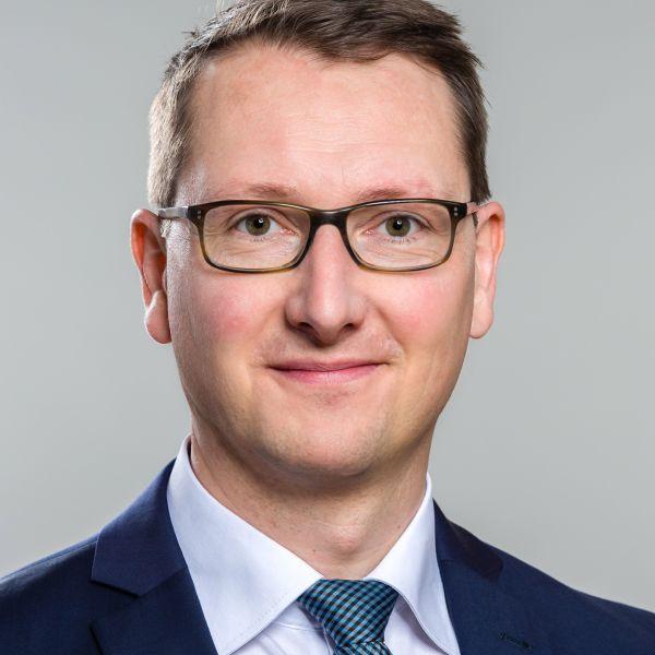 Reinhard Hönighaus (c) Finsbury Glover Hering
