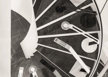 """Platz 2 der Produktfotos: Der deutsche Markenhersteller Durable expandiert mit dieser Einführung in den Markt der Arbeitsplatzleuchten. Mit LUCTRA® bringt der Iserlohner Hersteller ein neuartiges Leuchtensortiment in Premiumqualität """"Made in Germany"""" auf den Markt. (c) Lutz Tölle"""