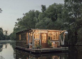 """""""[2Boats] - Die Eroberung des Unwahrscheinlichen"""" / Hamburg Marketing, Johannes Everke (c) Kevin McElvaney"""