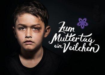 """""""Zum Muttertag ein Veilchen"""" / Deutscher Kinderverein e.V., Rainer Rettinger (c) Carsten Sander"""