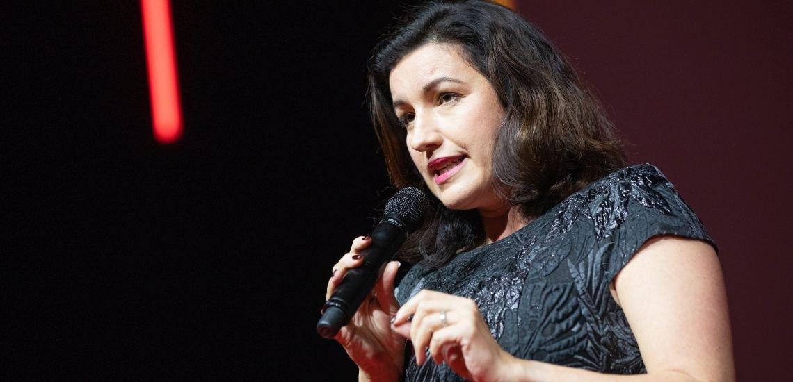 Dorothee Bär, hier auf dem Kommunikationskongress 2018, hat einen der reichweitenstärksten Linkedin-Auftritte unter deutschen Politiker:innen. (c) Jana Legler/Quadriga Media