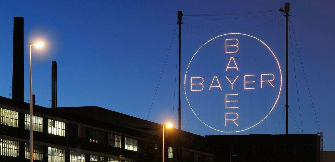Bayer sagt Aufklärung über die geheime Monsanto-Liste in Frankreich zu. (c) Bayer