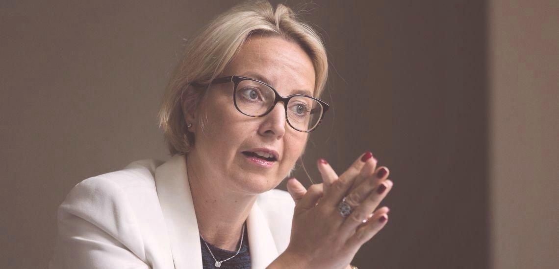 """""""Ein falscher kommunikativer Schritt kann schwerwiegende Konsequenzen an den Märkten haben"""", sagt Christine Graeff im Interview. (c) Laurin Schmid"""