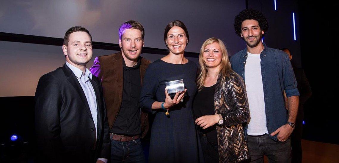 Das Team der Deutschen Kreditbank freut sich über den Sieg in der Kategorie Disruptive Kampagne. (c) Laurin Schmid