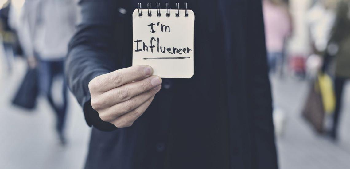 Influencer-Tool: Facebook vernetzt Video-Produzenten und Marken. (c) Getty Images/nito100