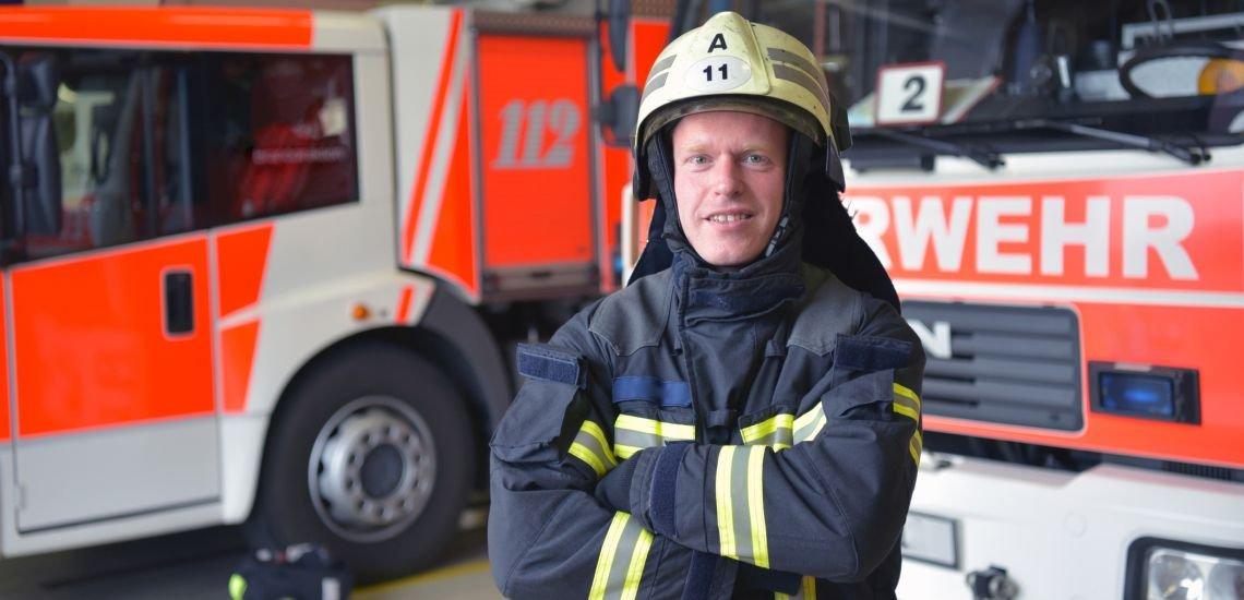 Feuerwehren aus ganz Deutschland promoten auf Twitter den Notruf 112. (c) Getty Images / industryview
