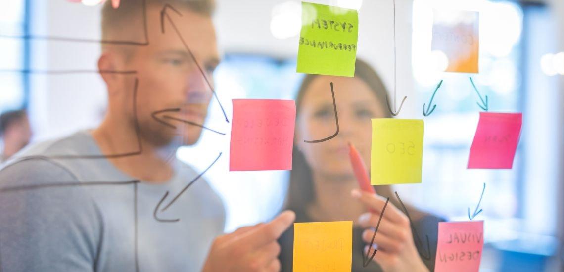 Teil des Jobprofils: Analyse und Interpretation der Erwartungen von Stakeholdern. (c) Getty Images/scyther5