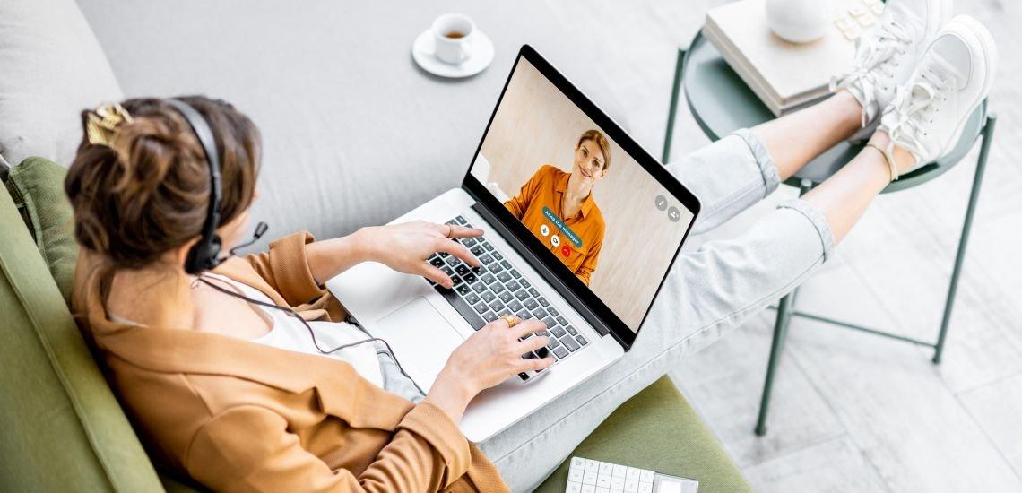 Digitale Zusammenarbeit und Homeoffice werden nach Einschätzung vieler Kommunikator:innen 2021 weiter zunehmen. (c) Getty Images/RossHelen