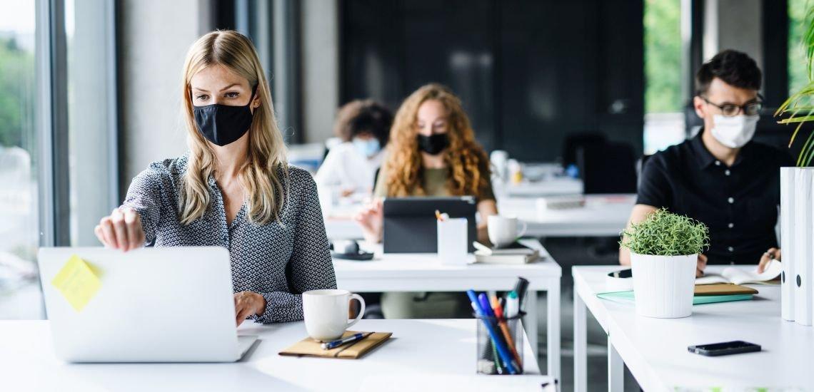 Die Kommunikationsbranche ist bisher gut durch die Krise gekommen. (c) Getty Images/Halfpoint