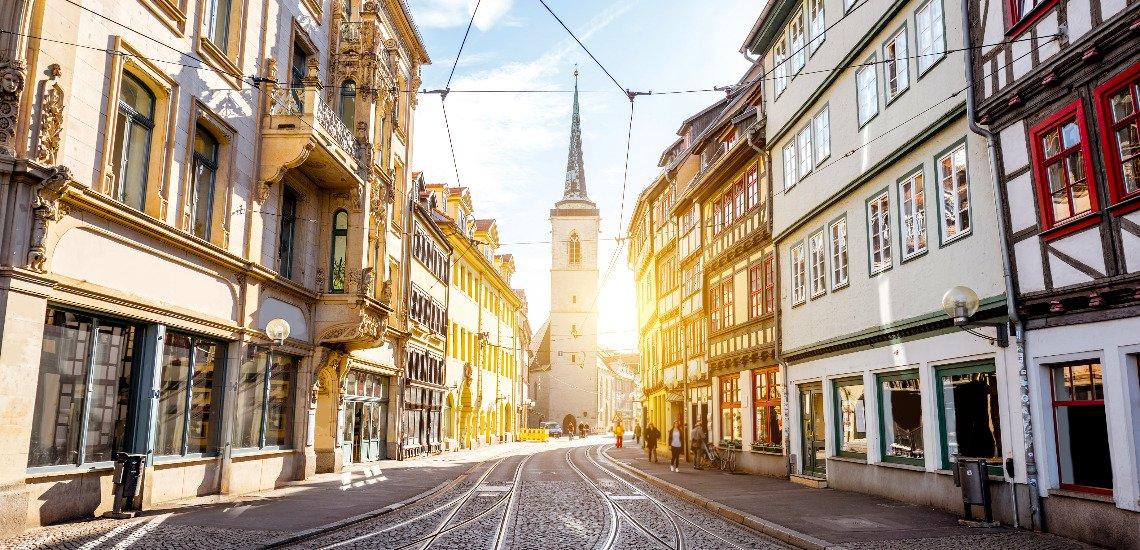 Die Stadt Erfurt leistete sich einen Aprilscherz zum Thema Corona. (c) Getty Images / RossHelen