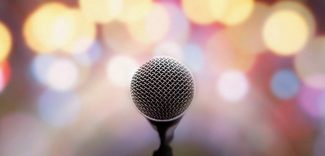 Pausen sind beim Reden unverzichtbar. (c) Getty Images /  jakkaje808