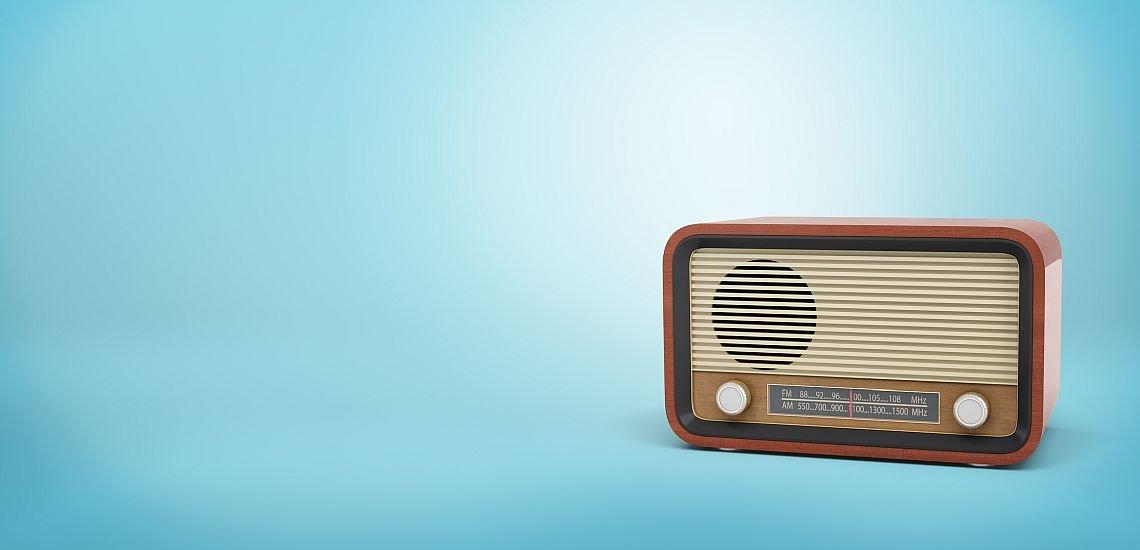 Auch der Hörfunk kann ein relevanter Kommunikationskanal sein. (c) Getty Images/Gearstd
