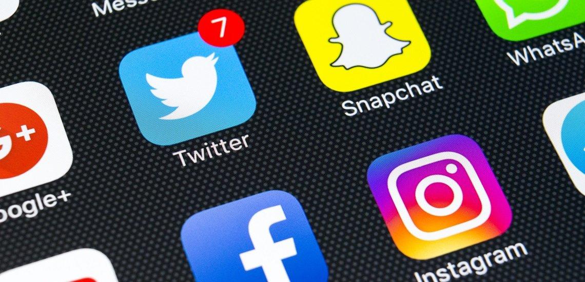 Unternehmen vertrauen in den sozialen Medien immer häufiger auf Mitarbeiter als Corporate Influencer. (c) Getty Images / bigtunaonline