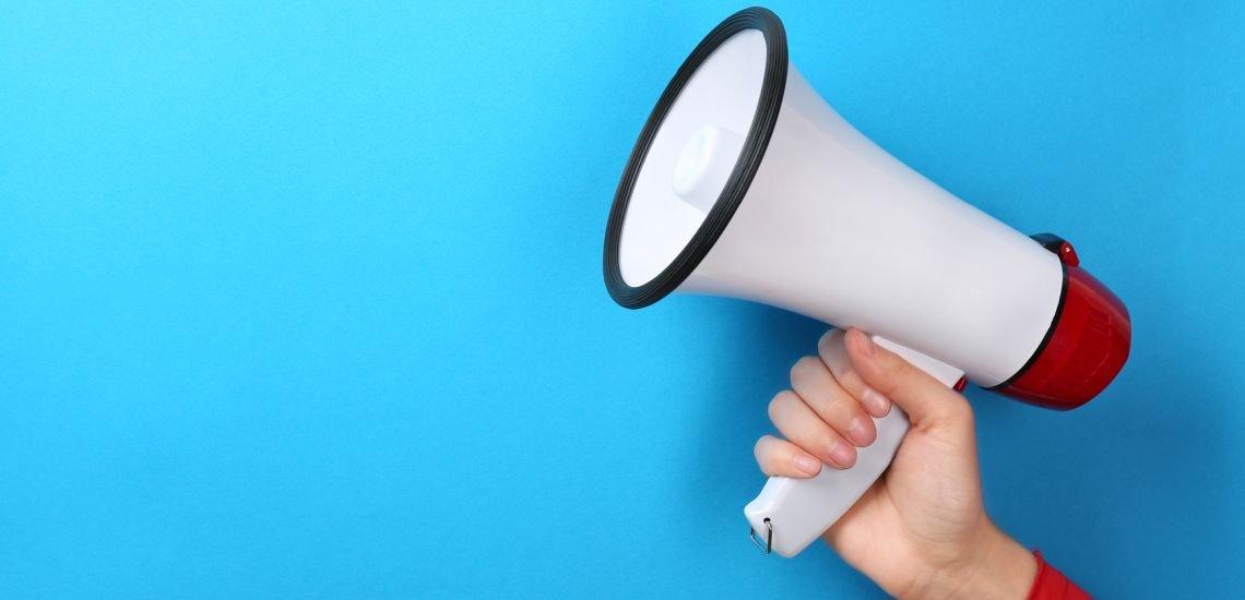 Erstmals zählen mehr Frauen als Männer zu den einflussreichsten Kommunikator:innen der Welt. (c) Getty Images/belchonock