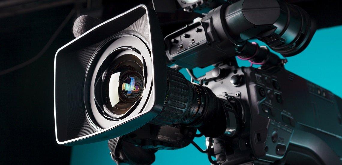 Diese Dinge sollten Sie beachten, wenn Sie Ihr Unternehmen ins Fernsehen bringen wollen. (c) Getty Images/smutnypan