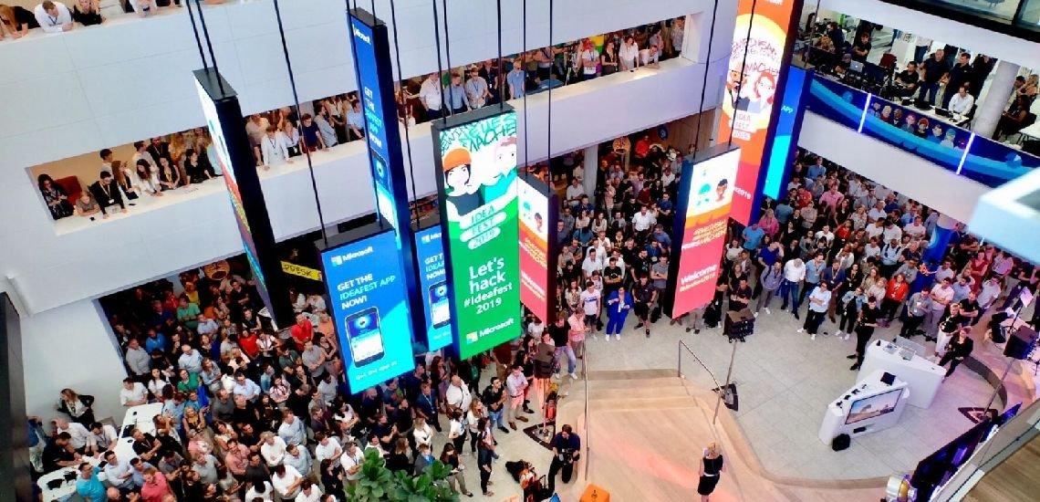 Beim Ideafest suchen Microsoft-Mitarbeiter gemeinsam mit Kunden und Partnern nach Lösungen für Herausforderungen der digitalen Transformation. (c) Microsoft