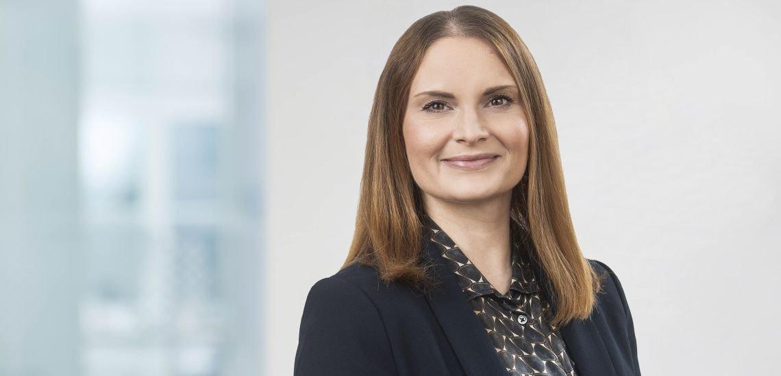 Julia Kovar-Mühlhausen gibt Einblick in ihren Kommunikationsalltag bei der Baden-Württemberg-Stiftung. (c) KD Busch.com