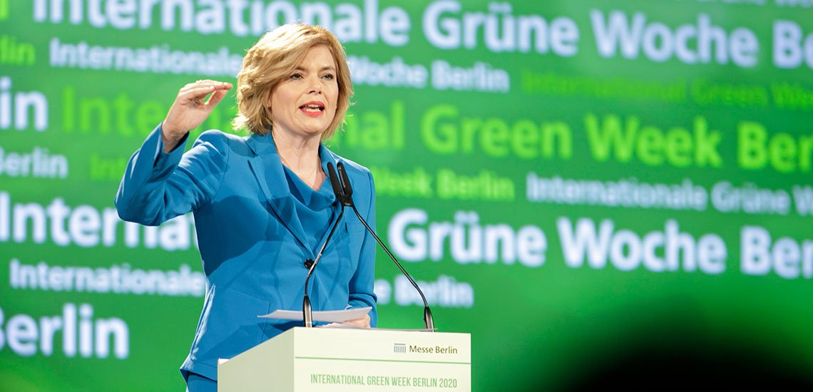 Julia Klöckner, Bundeslandwirtschaftsministerin, startete zwei umstrittene Kampagnen. / Julia Klöckner: (c) BMEL/Imo/Photohek