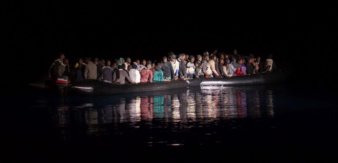 Flüchtlinge auf Schlauchbooten im Mittelmeer, die von einem Rettungsschiff gesichtet wurden (c) Laurin Schmid