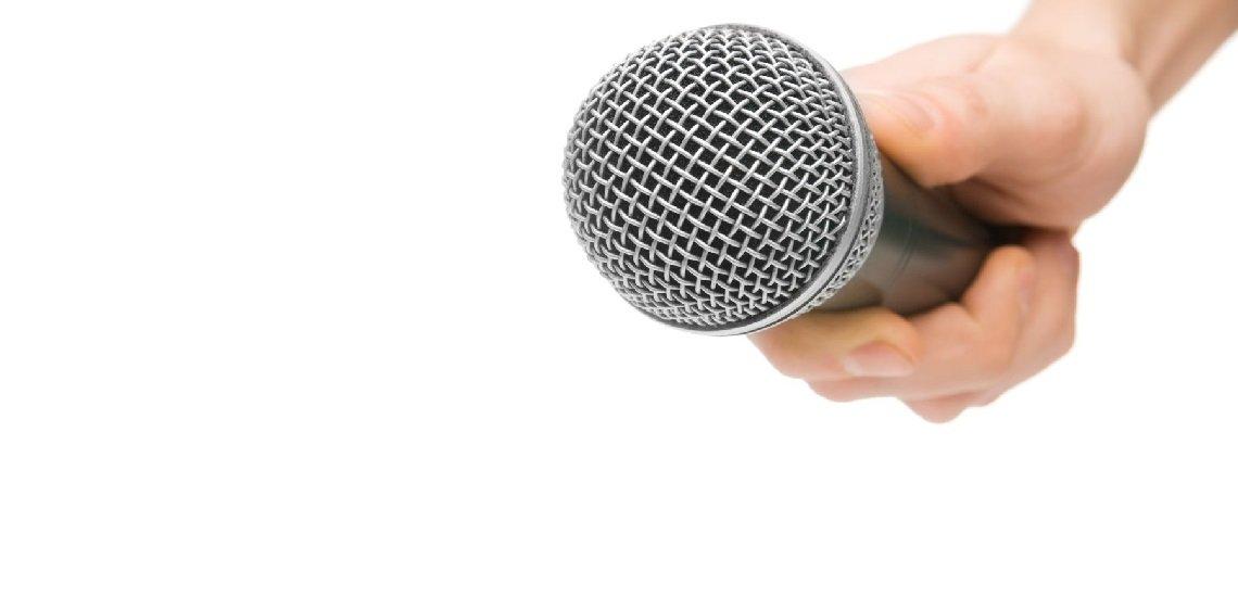 Was tun, wenn der Reporter genervt ist? (c) Thinkstock/Sergey Mironov