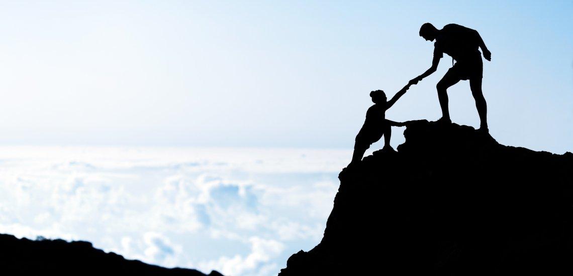 Die Aufstiegshelfer-Initiative fördert Jugendliche während ihres Berufseinstiegs (c) Foto: Thinkstock/blyjak