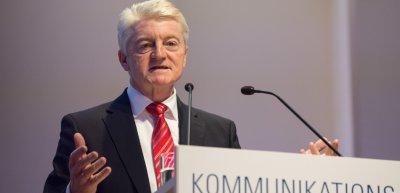Heinrich Hiesinger bei seiner Keynote über die Transformation von ThyssenKrupp (c) Laurin Schmid