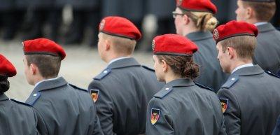 Die Bundeswehr klärt ihre Soldaten darüber auf, wie sie Social Media nutzen sollten. /Symbolbild: (c) Bundeswehr/ Torsten Kraatz