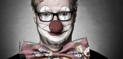 """People don't buy from clowns"" (c) Thinkstock/ berndstuhlmann"