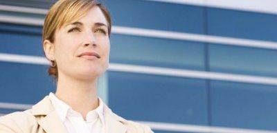 Trotz Feminisierung der Branche schaffen es nur wenige Frauen an die Spitze (c) dreamstime.com