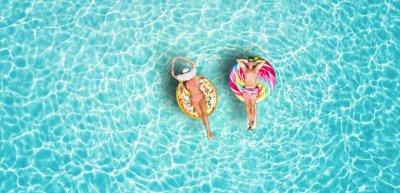 Unbeschwertes Urlaubsfeeling: Wann Reisen wieder uneingeschränkt möglich sein wird, ist noch unklar. (c) Getty Images/Hansche