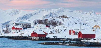Auf Sommarøy wird die Zeit doch nicht abgeschafft./ Sommarøy: (c) Getty Images/ esentunar