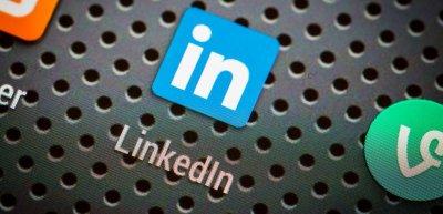 Linkedin wird am häufigsten von Dax-Vorständen genutzt. (c) Getty Images/scyther5