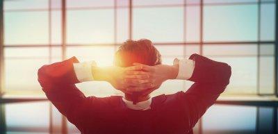 Entscheidungsfreiheit und Selbstbestimmtheit im Job steigern die Zufriedenheit. (c) Getty Images/Choreograph