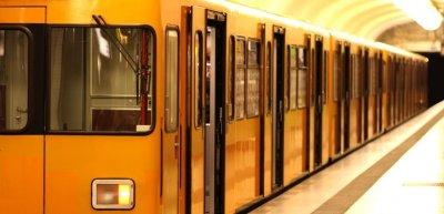 Die BVG bietet zum Equal Pay Day am 18. März ein verbilligtes Ticket für Frauen. (c) Getty Images/pseudodaemon