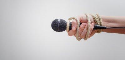 Eingriffe bei Interview-Autorisierungen häufen sich. (c) Getty Images / natasaadzic