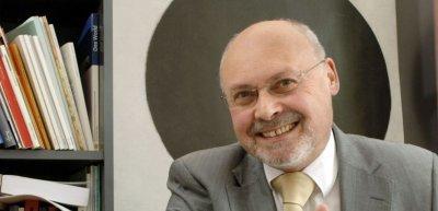 Hans-Jürgen Arlt im Interview über die Grenzen zwischen Journalismus und PR (c) David Ausserhofer