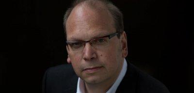 Das einzige Risiko bei einem Corporate-Influencer-Programm ist, dass es einschläft. / Klaus Eck: (c) raimund-verspohl-portraits.com
