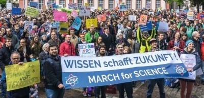 Im Kampf gegen Fake News spielen Wissenschaft und Forschung eine wichtige Rolle - wenn man sie denn lässt. (c) privat