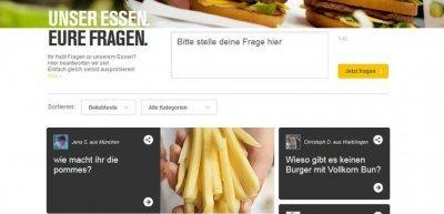 Bevor man seine Frage stellen kann, muss man sich zuerst in ein soziales Netzwerk einloggen (c) McDonald's Deutschland