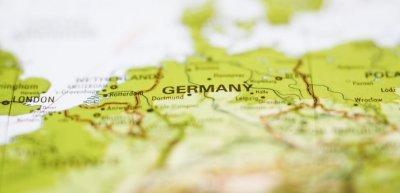 Alles gefälscht? Oder kann es tatsächlich sein, dass Deutschland beliebt ist? (c) Thinkstock/fuse
