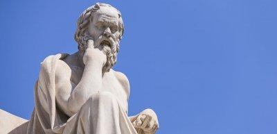 Nicht jeder ist Sokrates! Also bitte sparsam sein mit philosophischem Gedankengut in den sozialen Netzwerken. (c) Thinkstock/Anastasios71