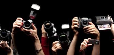 Welche Schutzrechte gilt es zu beachten, wenn Personen oder Marken fotografiert wurden? (c) Thinkstock/MikeLaptev