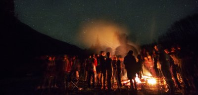 Lieve-Kommunikation: Events als moderne Lagerfeuer (c) Getty Images/iStockphoto/JanLeoKaak
