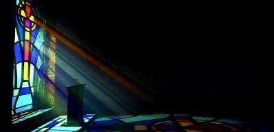 Kirche braucht Transparenz (c) Getty Images/iStockphoto/allanswart