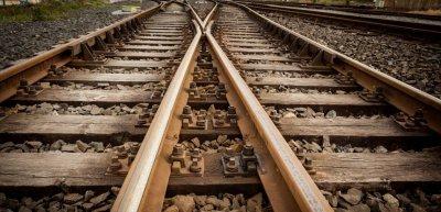 Mit ihrer neuen Influencer-Kampagne verzahnt die Deutsche Bahn interne mit externer Kommunikation. (c) Thinkstock / Wavebreakmedia Ltd