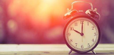 Die Uhr noch mal zurückgedreht: Das war das Jahr 2017. (c) Thinkstock/coffeekai