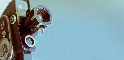 Online-Videos erfreuen sich zunehmender Beliebtheit, auch unterwegs. (c) Thinkstock/serji_o