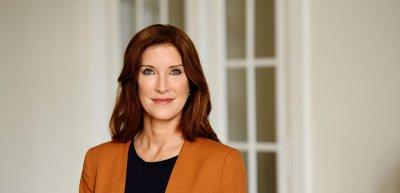Personality-Expertin Tina Schürmann fordert mehr Verständnis für berufstätige Mütter. (c) Mirjam Knickriem