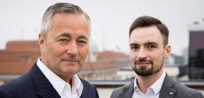 Vodafone-Deutschland CEO Hannes Ametsreiter und Pressesprecher Tobias Krzossa. (c) Vodafone / Kasper Jensen