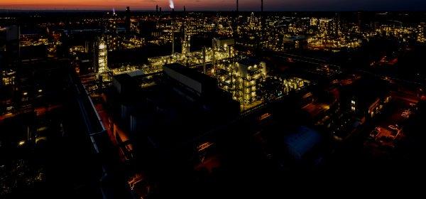 Mehr als 117.000 Mitarbeiter arbeiten in der BASF-Gruppe. Firmensitz ist Ludwigshafen. (c) BASF